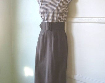 Small 1950s Vintage Dress for Bolero/Dress Ensemble; Chocolate Brown with White/Brown Checks - Form Fitting Early '50s Luncheon in New York