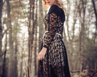 1940's Black lace Dress. XSM
