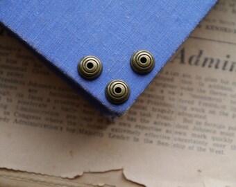20 pcs Bronze Flower Bead Caps 10mm (fits a 18mm bead) (BEC2730)