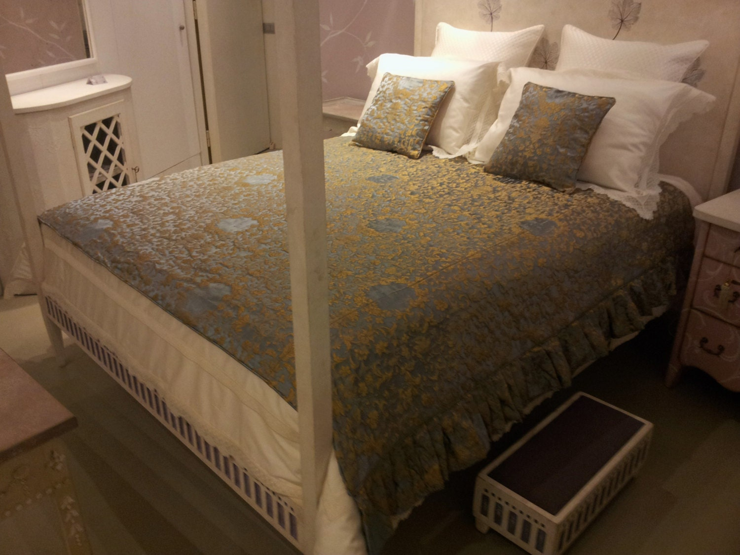 Luxury Custom Sized Bedspread For Four Poster Bed Blue Gold