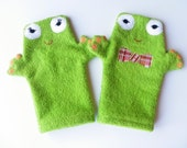 Froggie Terry Cloth Bath Mitts--Set of 2 (Size M/L)--Custom Listing for WhimsicalFantasies