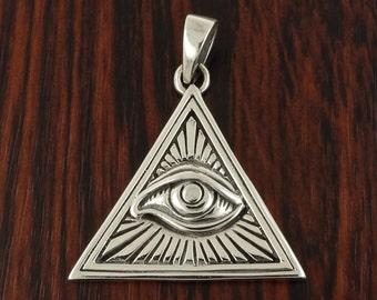 Illuminati Pendant in Solid 925 Silver - All Seeing Eye - Magic Charm