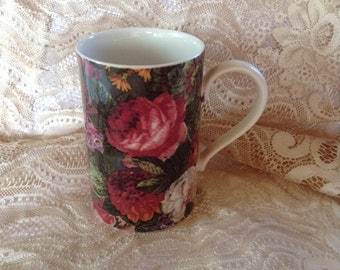 Dunoon Stoneware 8 oz Coffee Cup KEW Pattern Made in Scotland Old Fashioned Flowers Red Pink Floral Design Kitchen Beverage Serving