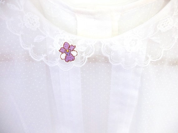 SALE: Orchid cross stitch collar pin, Vanda Miss Joaquim Orchid, Singapore National Flower