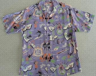 SUN SURF repro of 1940s vintage Kihi Kihi Hawaiian Aloha shirt. Mauve. 49th State design. Small. Toyo Made in Japan. Tiki 100% smooth rayon