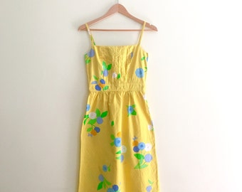 Vintage Hawaiian Floral Print Sundress // Yellow Dress // Dahlia Print // 70s
