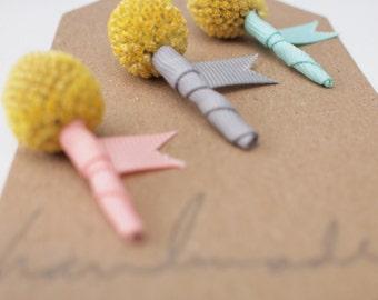 Ensemble de 3 Mini Craspedia fleur à la boutonnière, palefreniers fête boutonnières, Keepsake naturel, Billy Balls