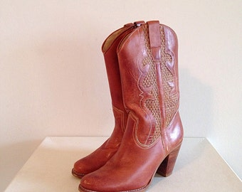 Vintage Cowboy Boots Stacked Heel Fabulous Side Detail Size 7