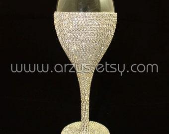 Custom Wedding Glasses Toasting Glasses Wine Glasses Toasting Flutes For Bride and Groom Table Settings Wedding Gift Decorations