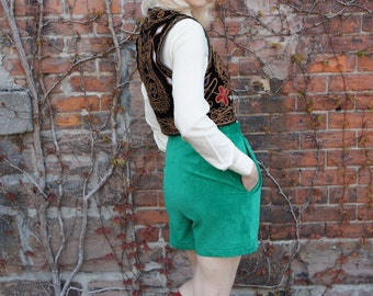 KELLY GREEN SUEDE Cuffed High Waisted Shorts, 1980's, by Danier made in Canada
