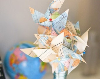 Paper Pinwheel Vintage Wedding Guest Favors Map Pinwheel Toppers Book Page Favors Pinwheel Cake Topper Wedding Favors Wedding  Cake Topper