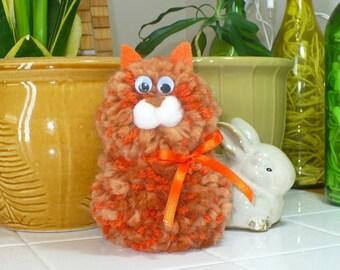 Yarn animal, yarn cat, colorful cat, orange cat, soft cat, kids toy, handmade cat, small cat, plush kitten, plush cat, small gift,