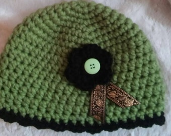 Ladies beenie hat/green/chunky/winter