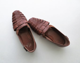 90s Bass Leather Sandals, Brown Fisherman Woven Cut Out Flats, Women's US Size 7 1/2 or Euro 38