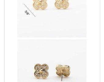 Clover Gold Stud Earrings