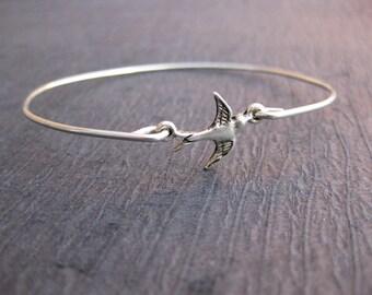 Sparrow Bird Bangle .925 Sterling Silver Bracelet, Flying Sparrow Bracelet, Bird bracelet, bird jewelry, gift idea, sister gi