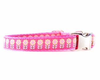 Pink Daisies Dog Collar - Hot Pink Floral Feminine Adjustable Girl Dog Collar