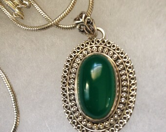 Green Onyx Gemstone Pendant in Sterling Silver Design NEW