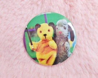 90s Sooty and Sweep Magic Show TV Kids Collectable Pin Badge