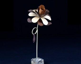 Wooden Flower - Randi #0012