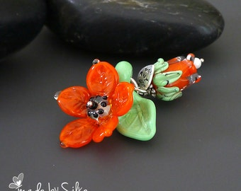 Lampwork bead pendant  |  Happy Flowers |  made by silke | artisan glass | flowers -- floral