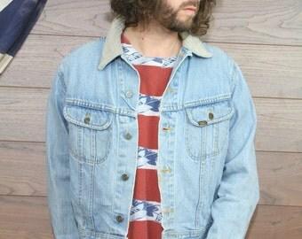 vintage lee denim jacket , large,light blue, (86)
