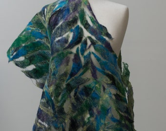 Sale Nuno felted scarf, felted scarf, felt scarf, Nuno felt, silk scarf, wool, silk, Green, Navy blue, Purple, leaf pattern, delicate