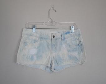 Cloud Wash / Acid Wash Denim Jean Shorts with Distressing // Size 27