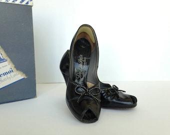 40s 50s Baby Doll Black Peep Toe Pumps