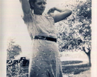 Vintage Photo..Awkward Posing Girl 1939, Original Photo, Old Photo Snapshot, Vernacular Photography, American Social History Photo