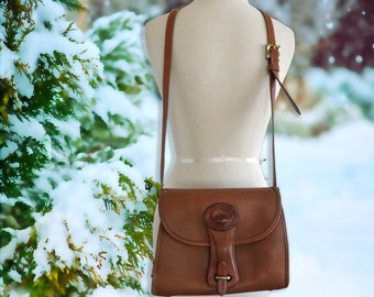 Vintage Dooney and Bourke All Weather Leather Tan Cross Body Purse Made in USA