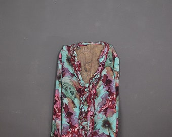 Vintage floral top blouse with flounces