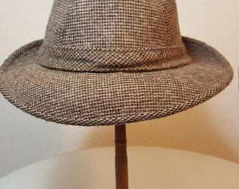 FREE  SHIPPING     Vintage 1960 Wool Fedora