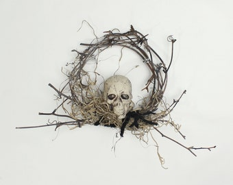 Skull Wreath, Gothic Halloween Decor, Pirate, Day of the Dead, Goth Decorations, Aged Grapevine Wreath with Grey Moss, Small Wreath