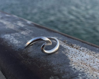 Wave Ring, Surfer ring, Beach Jewelry, Solid wave ring, Surf Jewelry, Mermaid Jewelry, Surf Gift, Surfer Girl, Ocean Jewelry, Nalu Ring