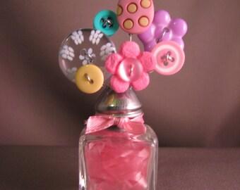 Button Bouquet Salt Shaker Small Easter Eggs