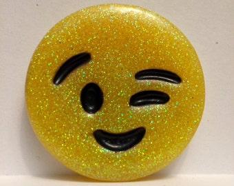 Resin wink emoji magnet