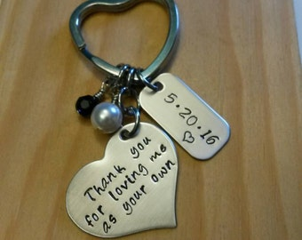 Hand Stamped Thank you for loving me as your own keychain - Stepmother of the Bride gift - Wedding Day - Stepmother gift