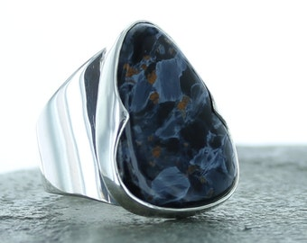 Silver ring with Pietersite. Size 9. Natural stone.
