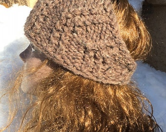 Bulky Ribbed Headwrap  --  a loom knit pattern