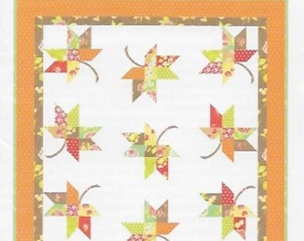 Mini Twirl Quilt Patter, Mini Quilt Pattern, Fig Tree Quilt Pattern, Mini Leaf Quilt Pattern, Charm Pack Quilt Pattern, FTQ 1038