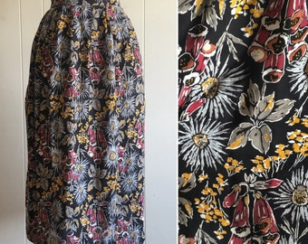 vintage moody floral skirt M/L ~ 80s skirt with pockets
