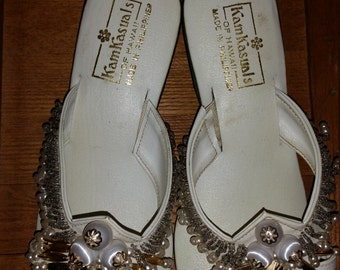 Beautiful KamKasuals of Hawaii 60's Beaded Sandals/Slides Sz 7