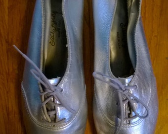 Amazing Silver Loafers, 8.5/9