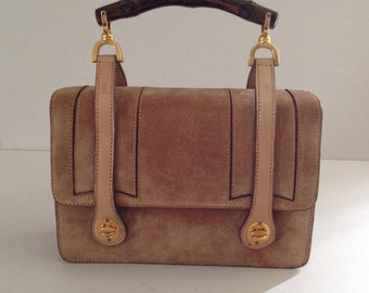 1960s Suede Gucci Lunch Box Vintage Handbag, Signature Bamboo Handle, Flap Opening, Matte Leather Teardrop Straps, Stamped Gold Hardware