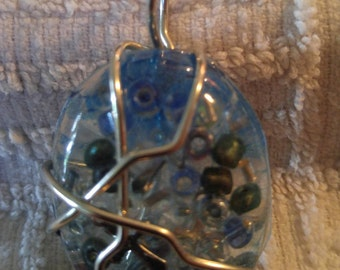 "1"" X 2""wire wrapped acrylic bead pendant"