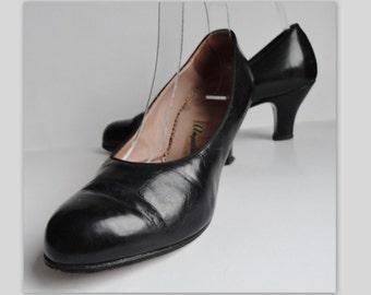 50s Vintage Black Leather Pumps // Angulus // Size 38,5