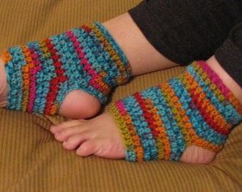 Crochet Yoga Socks, Size 6-9, Any Color, Pedicure Socks, Yoga Wear, Pilates Socks, Dance Socks, Flip Flop Socks, Toeless Socks, Ruffles