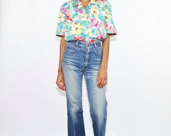 Floral Vintage Medium Button Up Short Sleeve Blouse