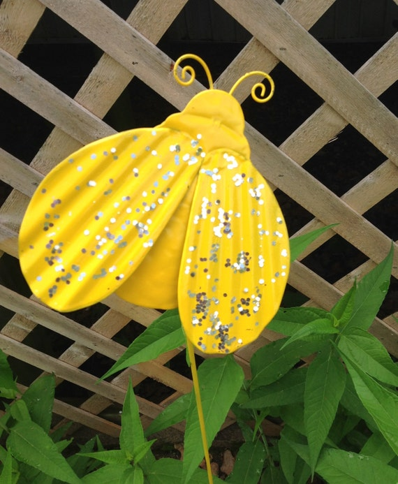 ExtraTall Yellow Bee Garden Stake / Metal Yard Art / Metal